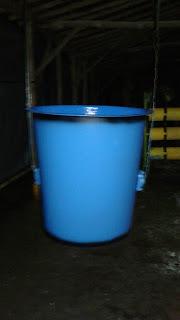 Hasil gambar untuk ember fiberglass