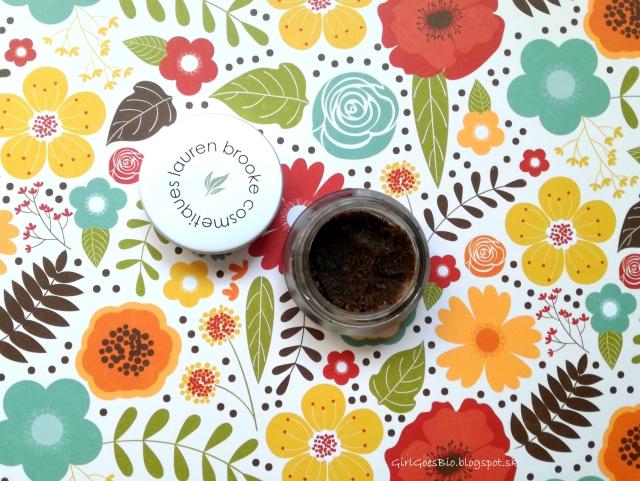 Lauren-Brooke-Cosmetiques-Organic-Coffee-Scrub-organicky-kavovy-peeling