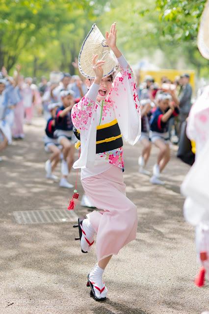 紅連、小金井子供フェスタでの阿波踊り、女踊りの佳代さん