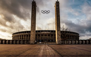 Wallpaper: The Olympiastadion in Berlin