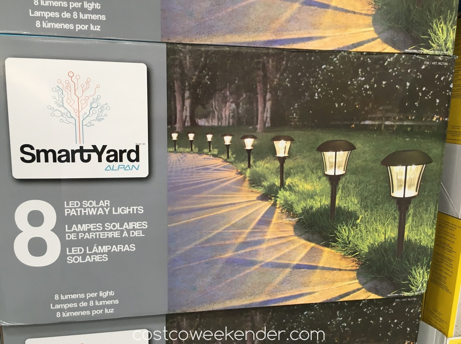 Make Your Home S Entrance Well Lit With The Smartyard Led Solar Pathway Lights Model 10192