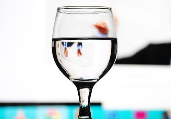 Manfaat Air Putih Agar Selalu Sehat