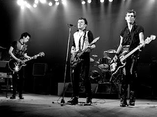 10 Lagu Terbaik Band The Clash yang Bagus