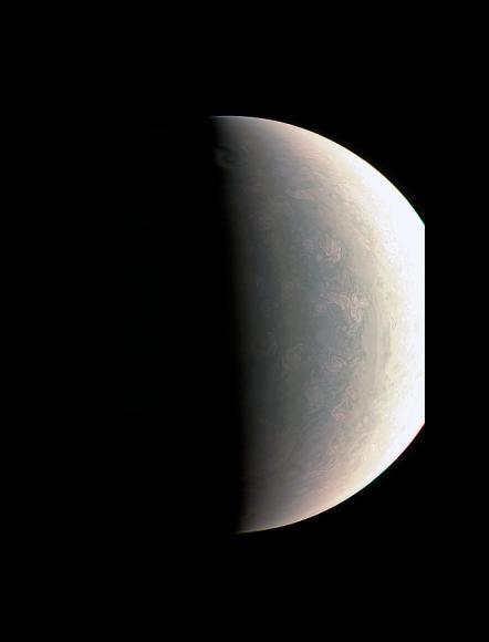 Júpiter fotografado pela sonda Juno