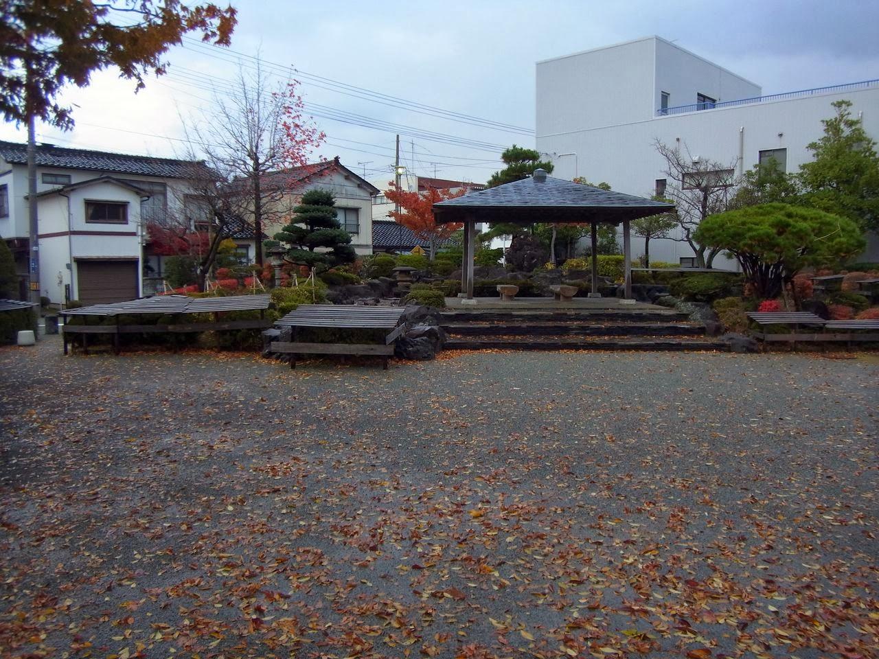 大通り緑地と大通り公園(山形県酒田市)