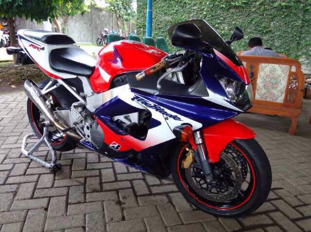 Jual Moge  Honda Cbr 929 Rr Fireblade  U0026 39 2003 - Bali