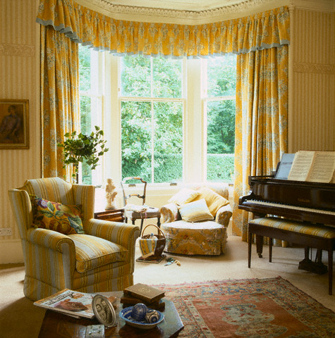 Living Rooms With Upright Pianos