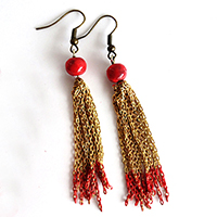http://www.ohohdeco.com/2015/07/how-to-make-tassel-chain-earrings.html