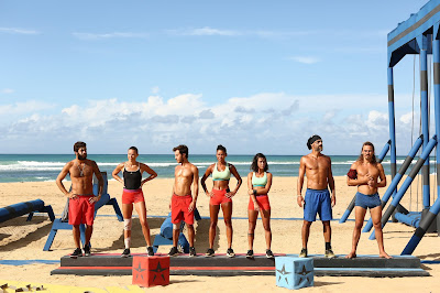 Os sete competidores na primeira prova após a extinção dos times Heróis e Guerreiros - Divulgação/Band