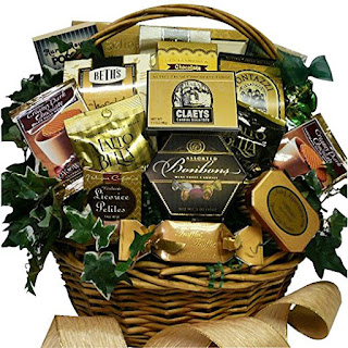 Basket gift for moms