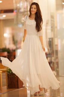 Model Dress Panjang Warna Putih