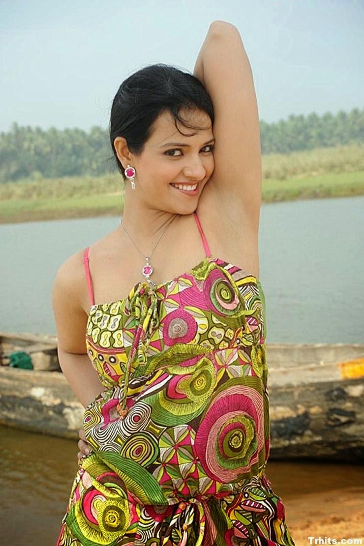 Actress Kushboo Naked 19