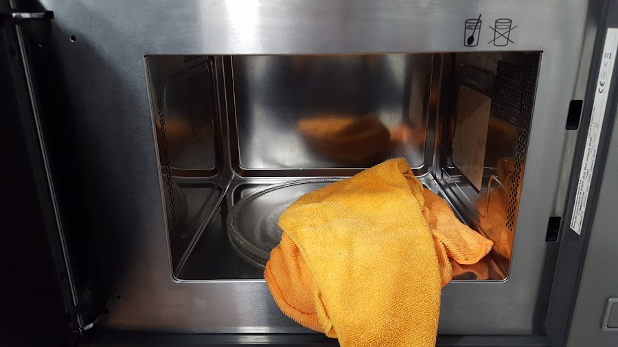 Seca tu ropa en el microondas