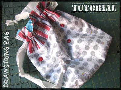 http://peixe-aranha.blogspot.pt/2011/11/drawstring-bag-tutorial-em-portugues.html