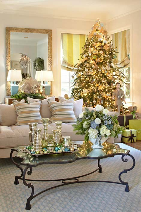 Interiors etc details a green and white christmas - Living room centerpiece ideas ...