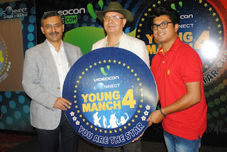 L-R. Mr. Sanjay Bahl, Mr. Arwind Bali, CEO, Vidcon Connect, Himanshu Kanojia (season 2 winner)