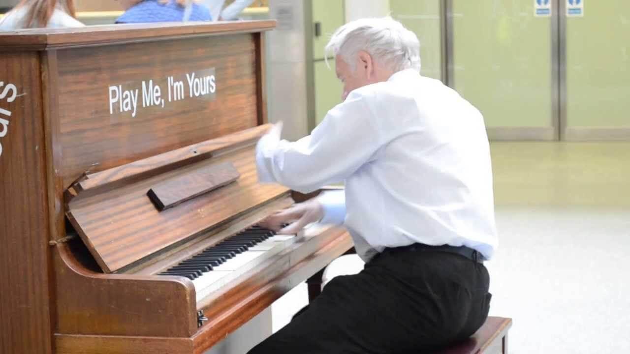 Người lớn học piano có khó không