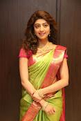 pranitha glam pics in saree-thumbnail-10