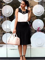 http://www.stylishbynature.com/2015/06/fashion-at-work-get-ready-in-10-minutes.html