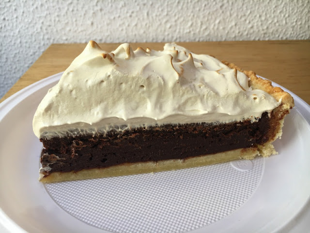 TARTA BROWNIE CON MERENGUE