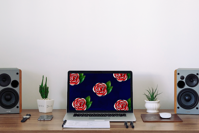 Free wallpaper flower mockup