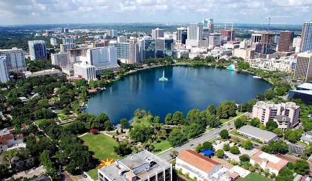 Donde Quedarse en Orlando: Mejores Barrios y Regiones