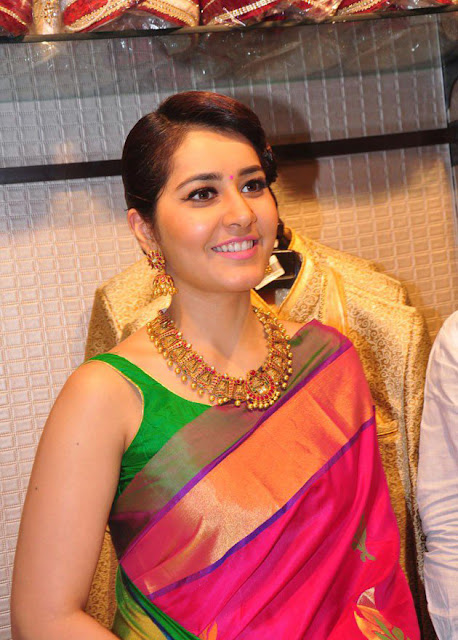 Raasi Khanna Photos At R.S Brothers Kothapet Inauguration