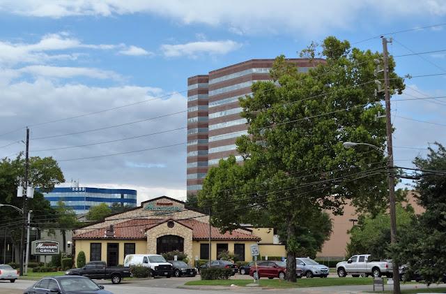 5802 Westheimer Rd, Houston, TX 77057 Romano's Macaroni Grill