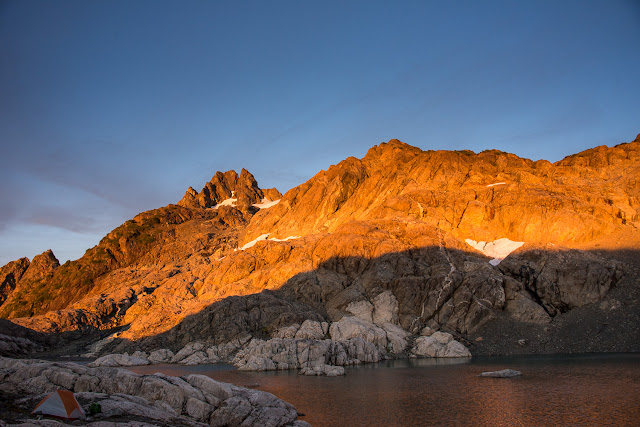 Island Alpine Guidesthe rocks on fire, the setting sun lit up the ridge above our camp on Matchlee Mountain