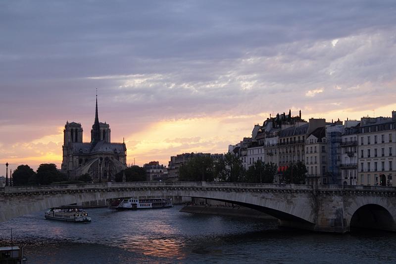 Notre Dame Paris Seine Abend Sonnenuntergang