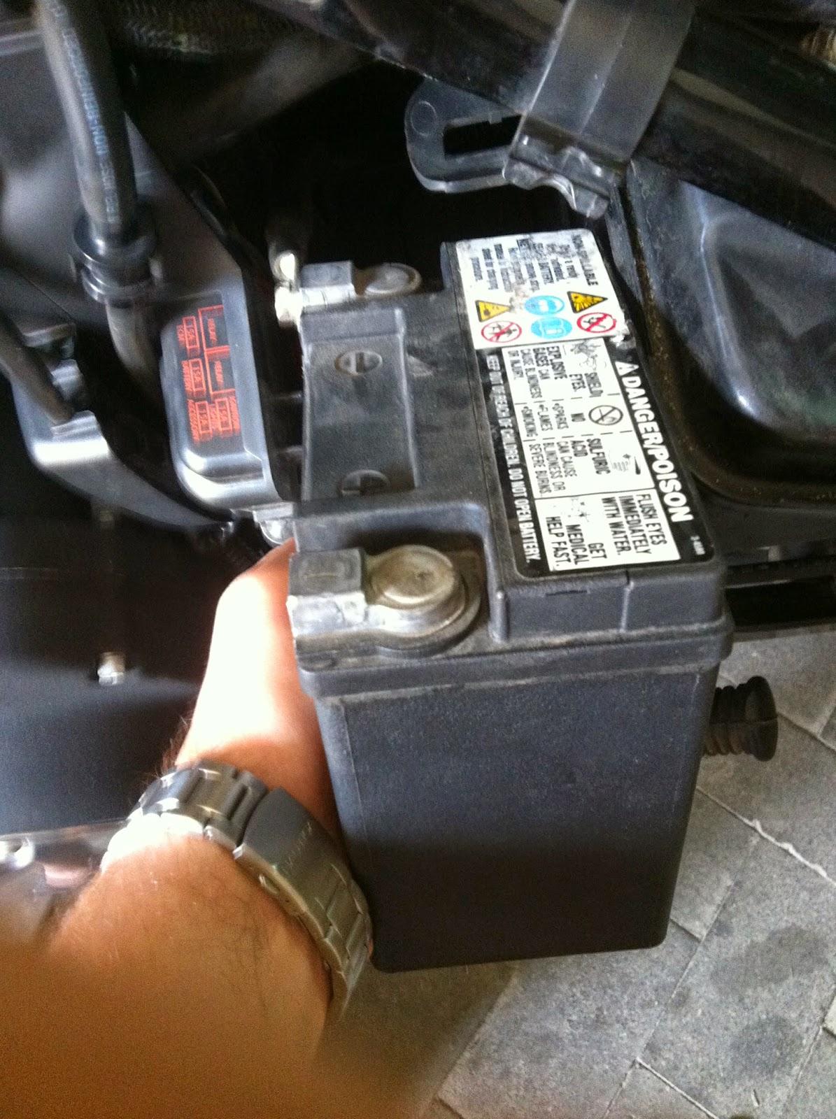 batteria 883