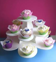 """The now """"famous"""" Cupcake Tower from The Smart Baker"""