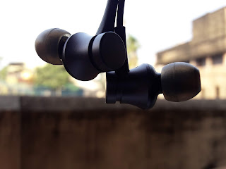Xiaomi launched ii novel pairs of budget earphones inwards the cast of the Mi Earphones Basic a Mi Earphones Basic Review