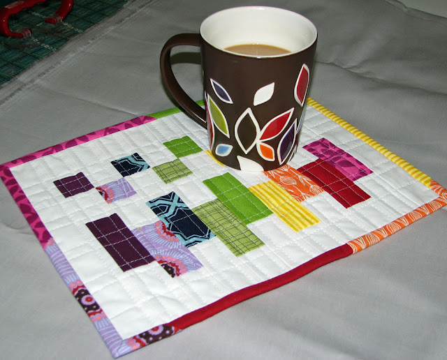 """Scrappy COLORBLOCK"" Free Quilted Mug Rug Pattern designed by Terri from Sew Fantastic"