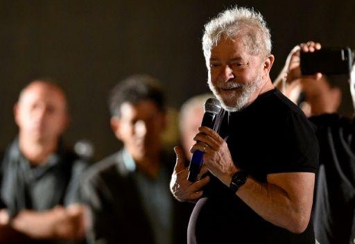 Lula sigue imbatible para las presidenciales de 2018 en Brasil, según sondeo