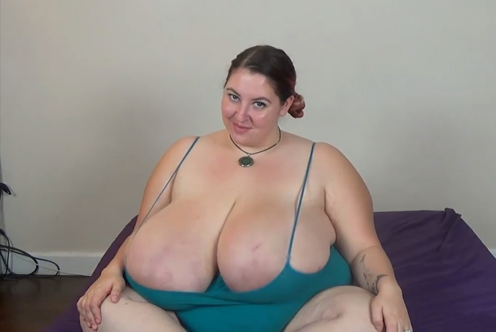 Free mature porn tube