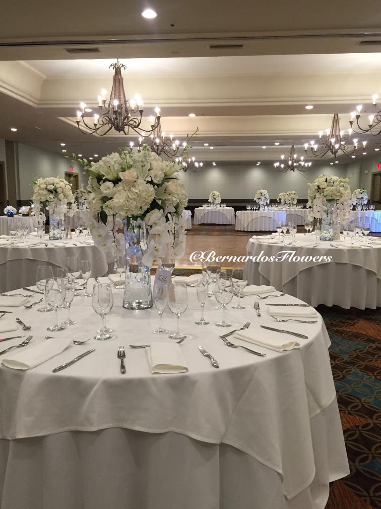 Bernardo\'s Flowers: Wedding reception @ Embassy Suites Mandalay ...