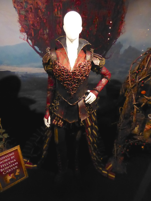 Red Queen Organic Armour costume Alice Through the Looking Glass