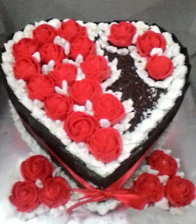 blackforest mawar merah