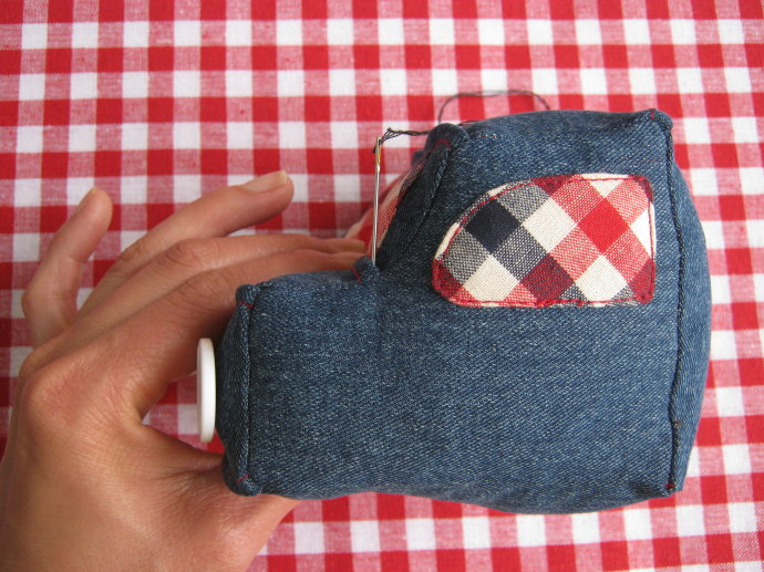 Pickup Truck-Basket of fabric. How to sew Photo Tutorial