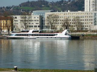 peste Dunare la Linz
