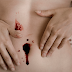 What causes belly button bleeding problem?