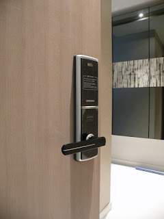 Lý do nên sử dụng khóa cửa điện tử chất lượng thời công nghệ