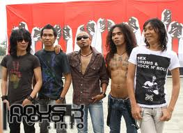 KORD GITAR SLANK - DEVILINU (DEVIL IN YOU)