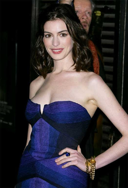 Bollywood or Hollywood ? Whats your pick ?: Anne Hathaway