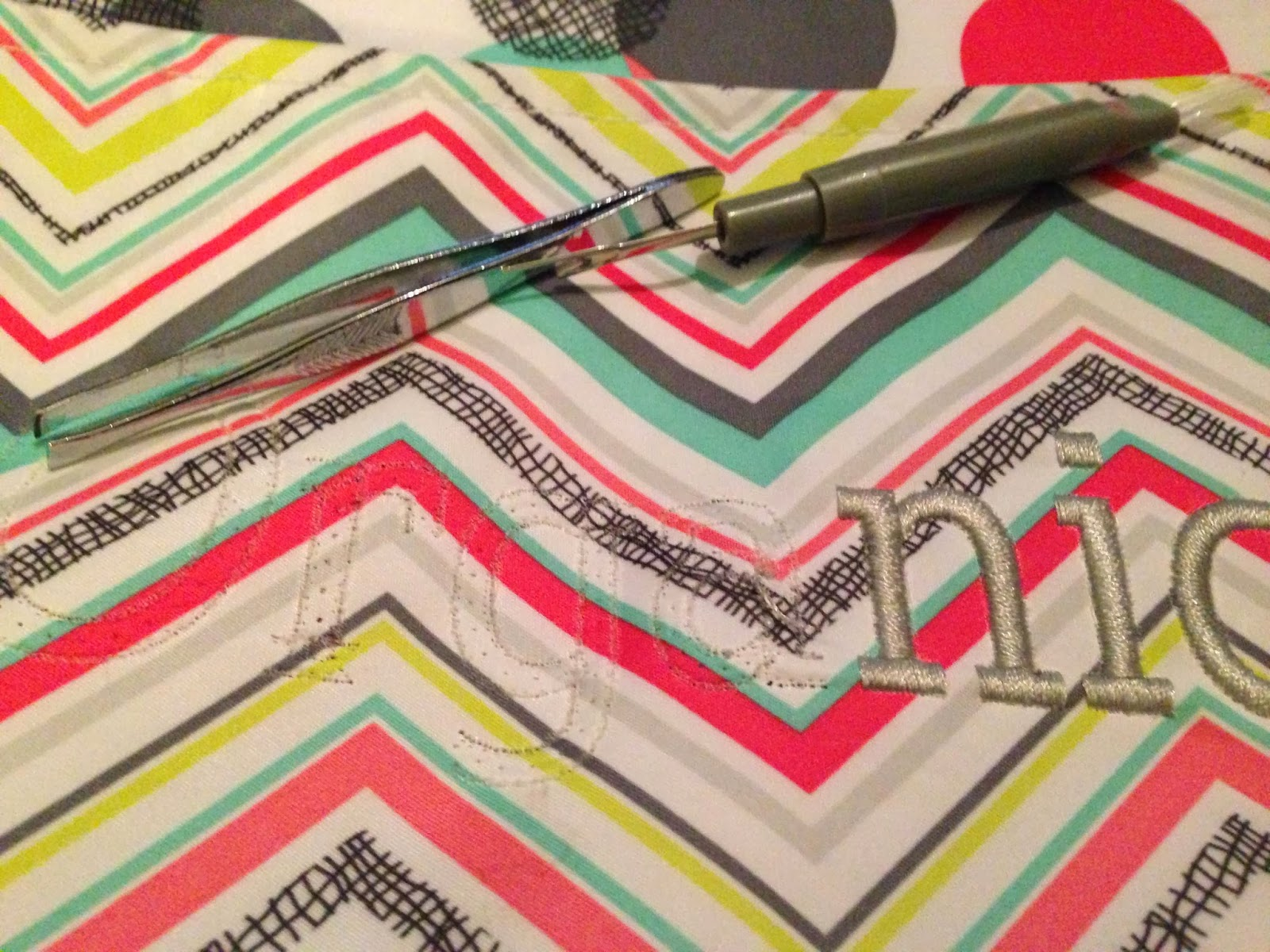The Dabbling Crafter: DIY Sunday: Removing Embroidery