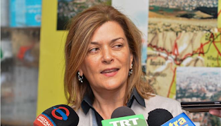 O Τσίπρας έδιωξε την Ράνια Αντωνοπούλου από την κυβέρνηση