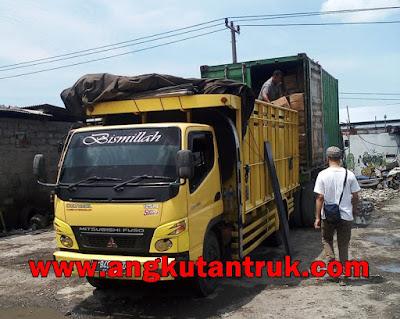 Sewa Truk Colt Diesel Surabaya