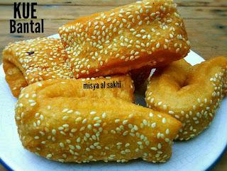 https://rahasia-dapurkita.blogspot.com/2017/11/resep-cara-membuat-kue-bantal-yang.html