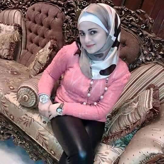 سورية مقيمة فى السعودية بجدة ابحث عن ابن الحلال و هذا رقمي